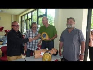 (R to L) Jürgen Langer (Principal), Gottfried Schmoranzer (Assistant Principal), Ulrich Schäfer (German Red Cross-Kreisverbandes Büdingen), and Thomas Iwan (factuly member) with the HeartSine AED. Photo credit: Red