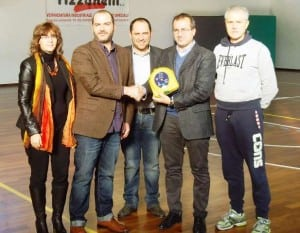 HeartSine AED presented to secondary school in Italy
