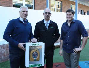 Ray Borg, Northern Region Business Manager of Alsco First Aid, presented the HeartSine defibrillator to Mr Wallis and acting Principal, Mr Steve Connelly, at Mosman Public School.